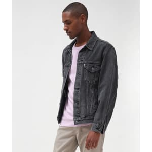 Levi's Sale: up to 40% off sitewide