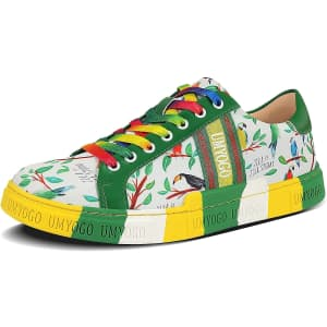 UMYOGO Men's Low Top Walking Sneakers for $26