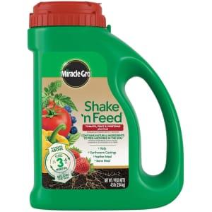 Miracle-Gro Shake 'N Feed Tomato, Fruit, & Vegetable Feed 4.5-lb. Jug for $10