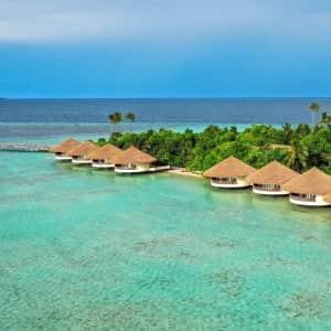 7-Night Pool Villa Stay at 5-Star Maldives Luxury Island Resort through Dec. '22 at Travelzoo: for $2,999