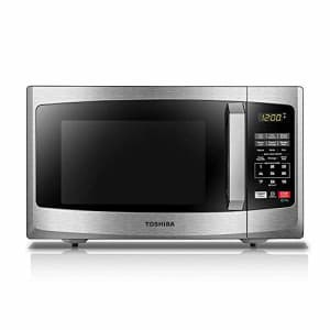 Toshiba 0.9-Cubic Foot 900W Microwave Oven for $125