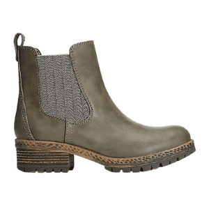 Shoes and Boots at Maurices: 30% off