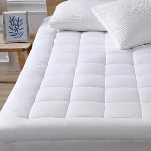 Oaskys Queen Mattress Pad Cover Cooling Mattress Topper for $35