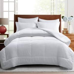 Turmecowe Down-Alternative Comforter from $24