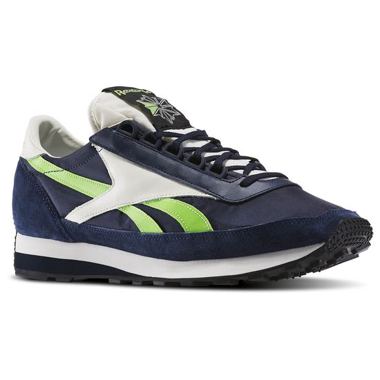 9 Rad Retro Sneakers from Reebok s Outlet Sale f1eada34c