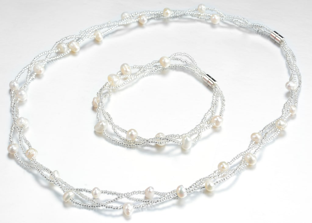 Freshwater Pearl Necklace and Bracelet Set for $10