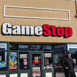 What to Expect From GameStop Black Friday Sales in 2019: Nintendo Switch Lite Comes With a $25 Gift