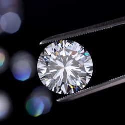 De Beers Will Offer Synthetic Diamonds — But There's A Catch