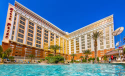 5Nt Christmas Stay at 4-Star Vegas Hotel $50/nt