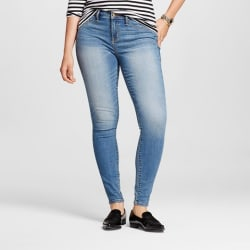 Mossimo Women's Mid-Rise Curvy Fit Jeggings for $8