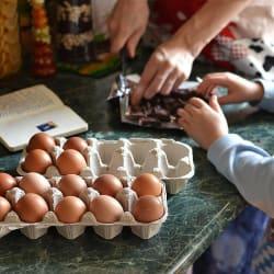 Top 5 Kitchen Essentials Deals: A Staff Pick Cast-Iron Skillet for Just $8!