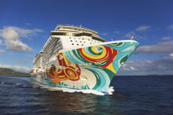 NCL 7Nt Bahamas Cruise w/ $25 GC: $798 for 2