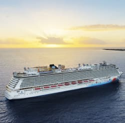 NCL 3Nt Bahamas Cruise w/ Open Bar: $598 for 2