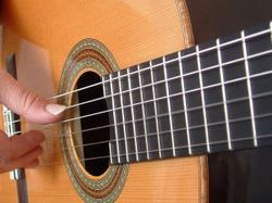 A New Service Delivers Guitar Strings to Your Doorstep at a Discount