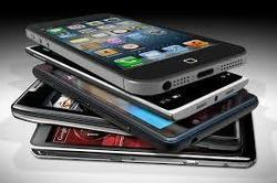 5 Editors' Choice Smartphones: 3 iPhones, a Phone for Photogs, HTC One