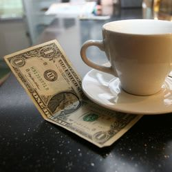 Automatic Gratuities May Be Headed Towards Extinction in 2014