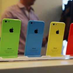 A Cheaper iPhone 5c Would Be Terrible for the Subsidization Model