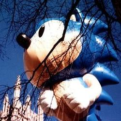 10 of Our Favorite Balloons From Macy's Thanksgiving Day Parade History