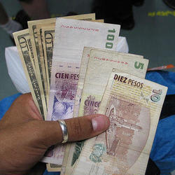 7 Ways to Get the Best Currency Exchange Rates While Traveling