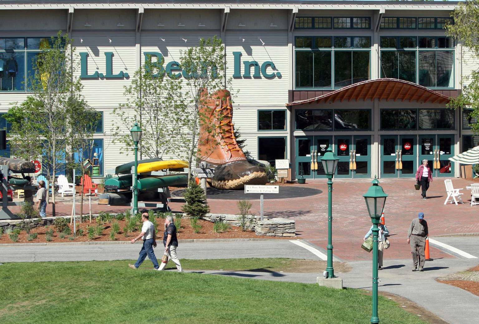 L.L.Bean shipping price